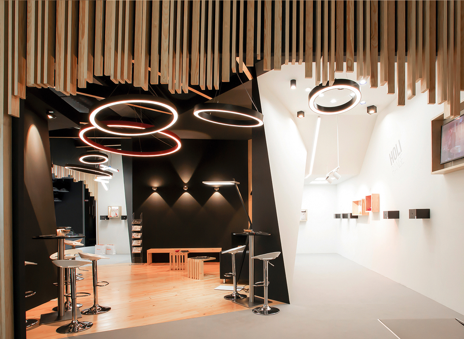 Concept O Stand L&B 2016 Indelague Roxo Lighting